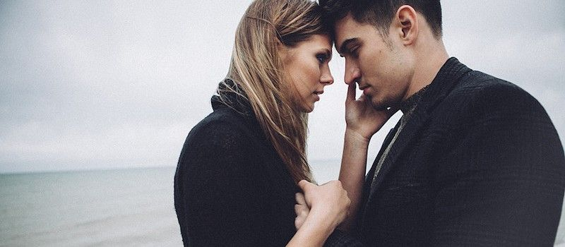 15 Signs He's Not Ready For A Relationship